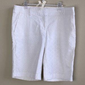 NWOT   Ann Taylor Eyelet Shorts   Size: 8